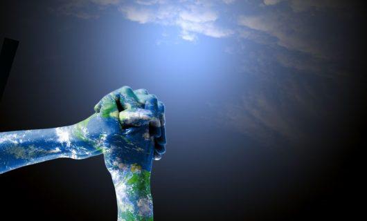 Oración de la Mañana Una batalla en el Cielo y en la Tierra